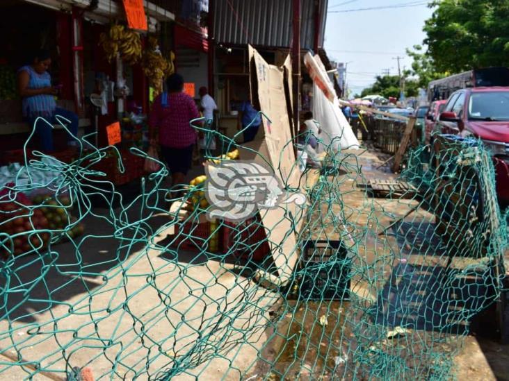 Vendedores del Mercado Morelos piden reabran todos los accesos