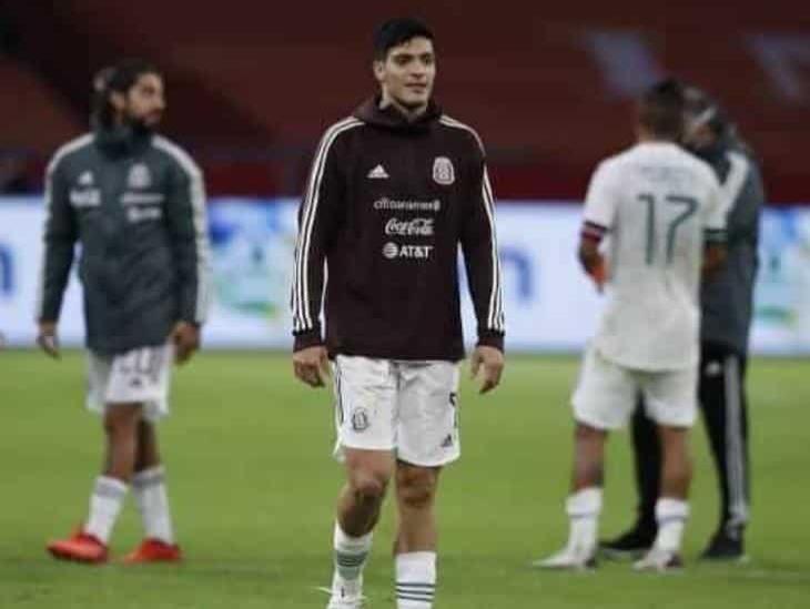 Raúl Jiménez acepta el rol de líder en la Selección Mexicana
