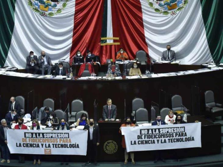 Diputados concretan eliminación de 109 fideicomisos