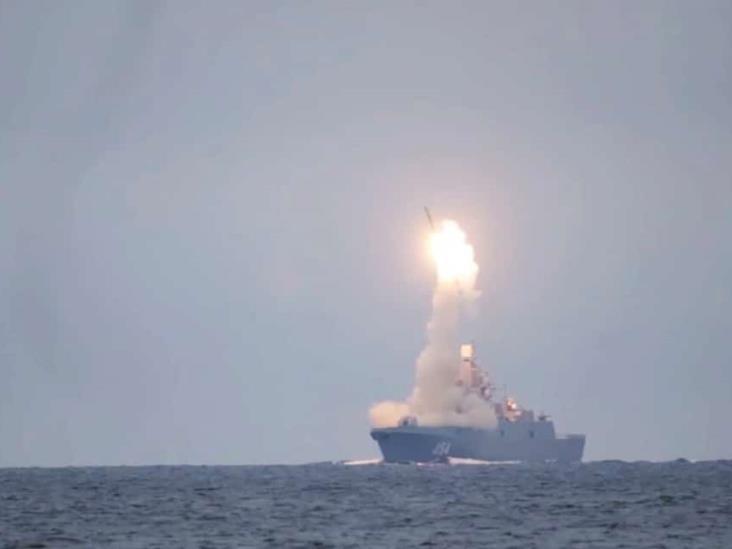 Rusia prueba con éxito un nuevo misil hipersónico