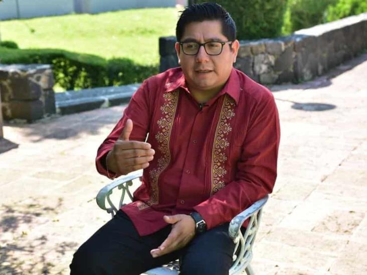 Bienvenida la encuesta para renovar dirigencia de Morena Veracruz: Esteban Ramírez
