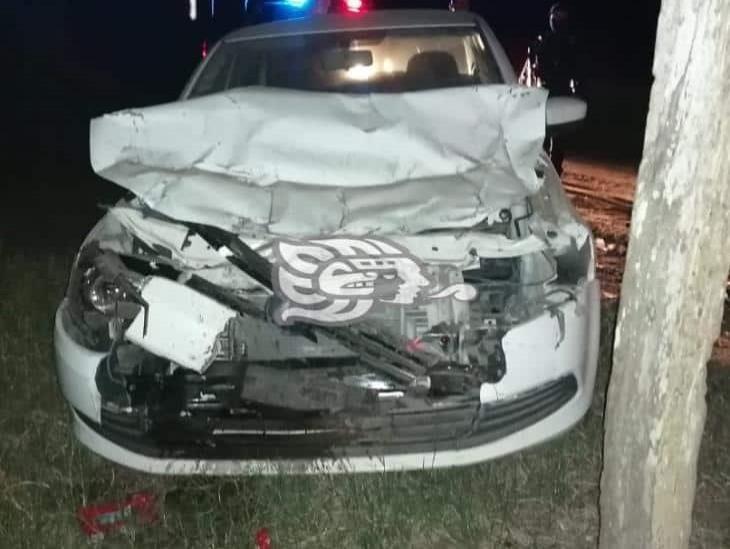 Empleado de Bienestar sufre accidente en carretera Isla –  Santiago Tuxtla