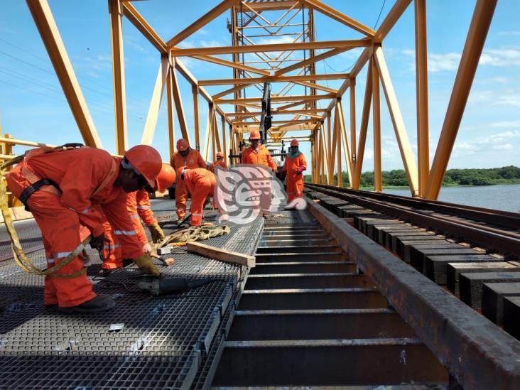 Hasta el 17 de noviembre, circulación del Puente Coatza I será de un carril