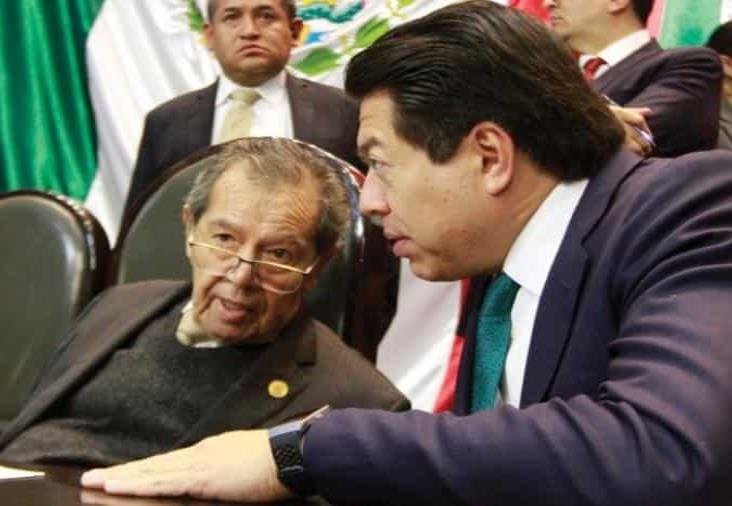Muñoz Ledo y Mario Delgado empatan para presidencia de Morena