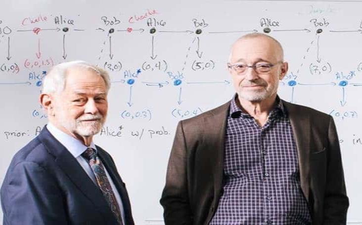 Otorgan el Nobel de Economía a dos expertos en subastas