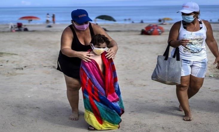 """Cambia Cuba su estrategia contra el Covid: inicia """"nueva normalidad"""""""