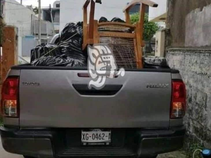 Roban camioneta a vecino de la Esperanza Azcón en Coatzacoalcos