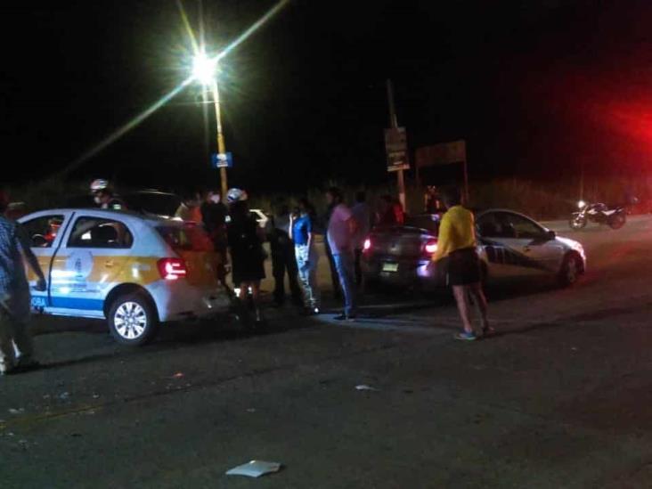 Tres lesionados por choque de vehículos particulares en Córdoba