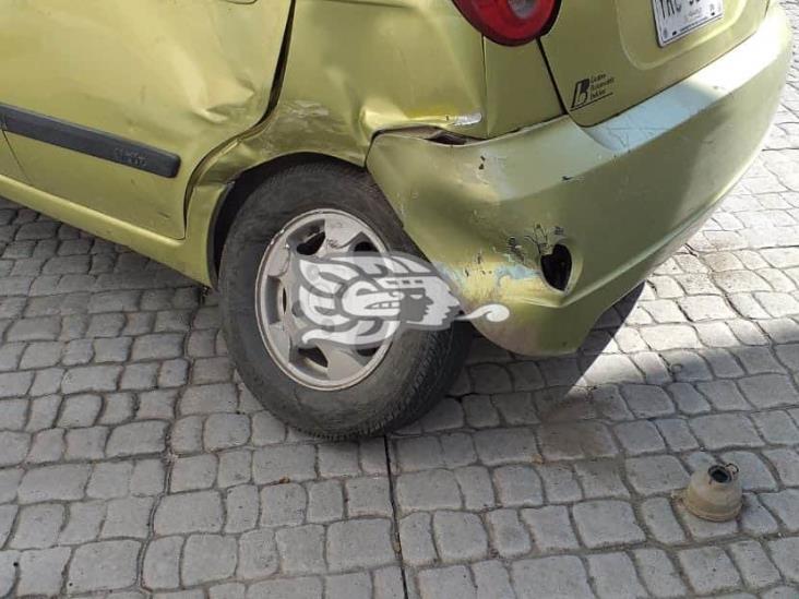 Se registra accidente en calles de Veracruz, deja solo daños materiales