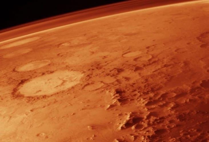Encuentran enorme tubo de lava en Marte; NASA publica foto